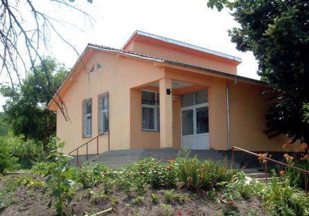 Kindergarden (2 classrooms)